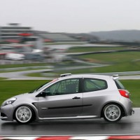 Testing a Clio Cup car for the first time - The press release